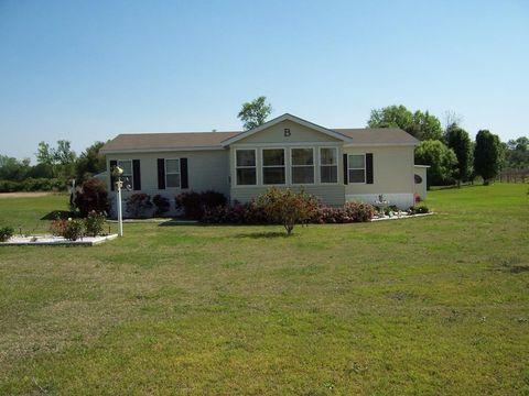 58 Grady Mc Ghee Rd, Tifton, GA 31794