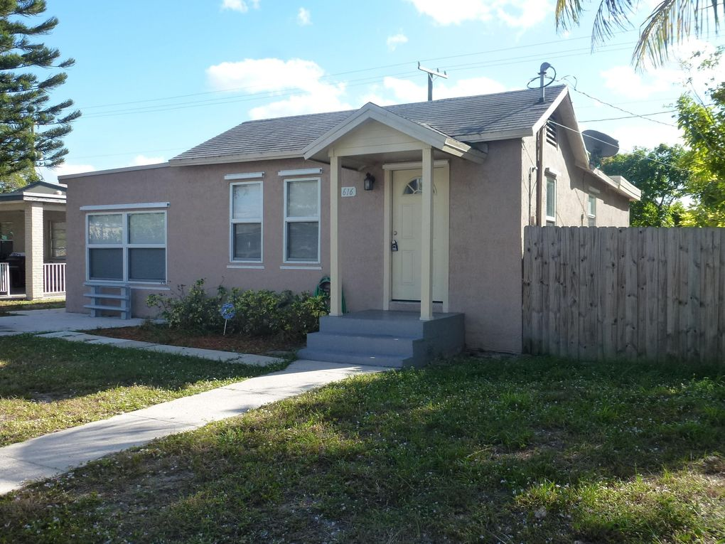 616 51st St, West Palm Beach, FL 33407