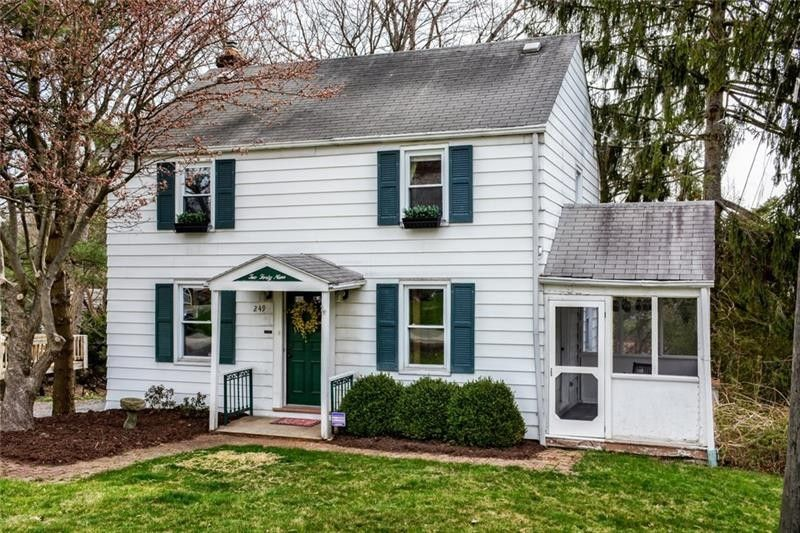 249 Maryland Dr, Glenshaw, PA 15116
