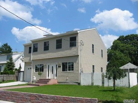 Photo of 113 Blaine Ave, East Meadow, NY 11554