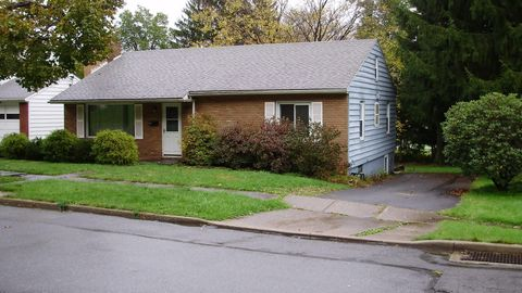 304 Sw 3rd Ave, Clearfield, PA 16830