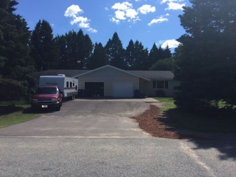 2367 Downing Dr, Kronenwetter, WI 54455