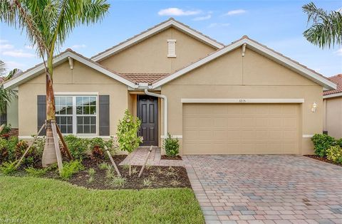 Photo of 3215 Birchin Ln, Fort Myers, FL 33916