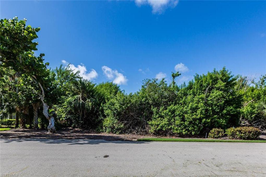 335 S Hideaway Cir, Marco Island, FL 34145