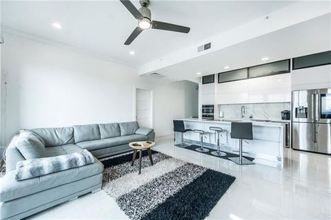 Photo Of 3225 Turtle Creek Blvd Apt 1630 Dallas Tx 75219 Townhome For Rent