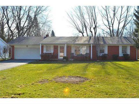 1057 Carol Rd, Bowling Green, OH 43402