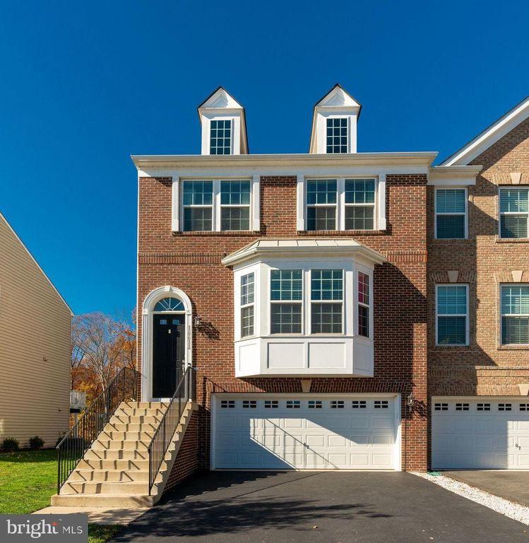 16614 Danridge Manor Dr Woodbridge, VA 22191
