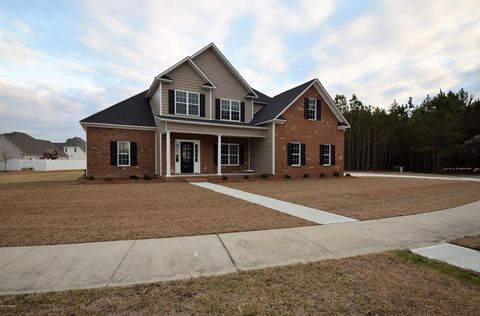 4008 Barrington Dr, Greenville, NC 27834