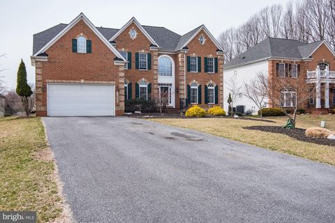 Photo of 13906 Atwood Knoll Ct, Silver Spring, MD 20906