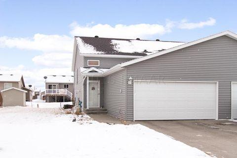 1131 38 1/2 Ave W, West Fargo, ND 58078