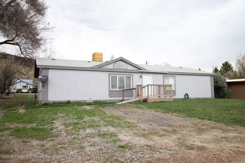 Photo of 1075 Main St, Meeker, CO 81641
