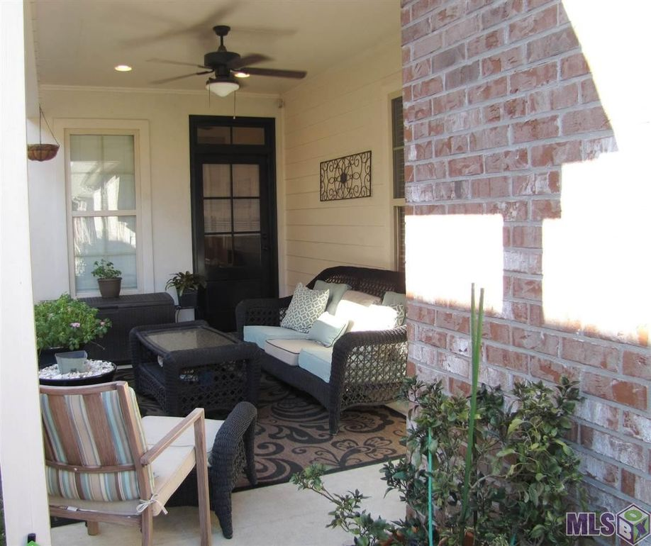 Hardwood Flooring Baton Rouge La: 14449 Royal Villa Dr, Baton Rouge, LA 70810