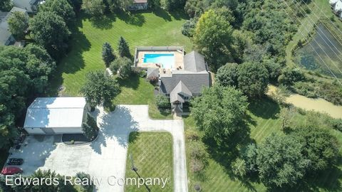 Photo of 5531 Central College Rd, Westerville, OH 43081