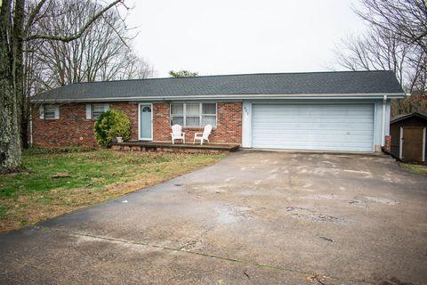 587 Burnett Station Rd, Seymour, TN 37865