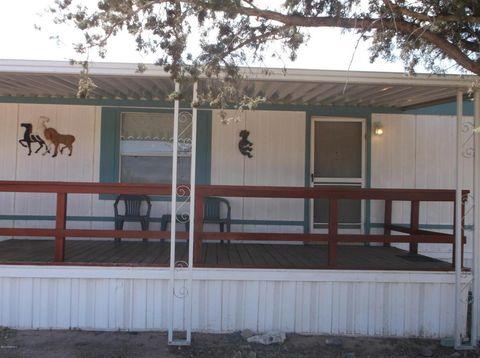 20980 E Mesa Verde Rd, Mayer, AZ 86333