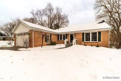 Photo of 1638 E Kentview Dr Ne, Grand Rapids, MI 49505