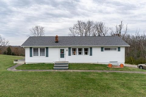 Photo of 356 Fairview Rd, Williamstown, KY 41097