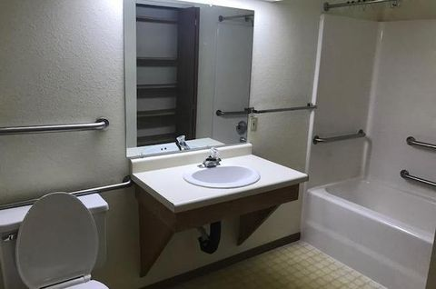 Photo of 302 Clyde St Apt 5, Avoca, WI 53506