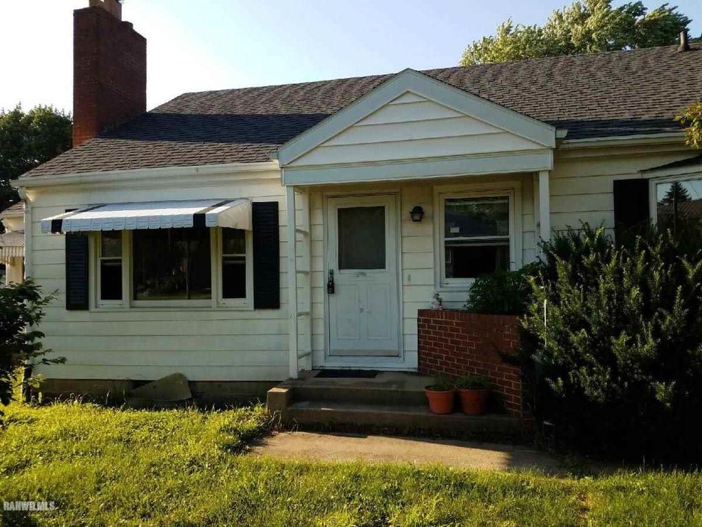 830 W Hamilton St, Freeport, IL 61032