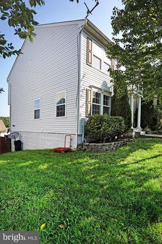 501 Hupps Hill Ct, Strasburg, VA 22657