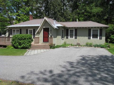 Photo of 7 Longwood Pl, Claremont, NH 03743