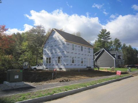 Photo of 12 Carole Ct, Rochester, NH 03868