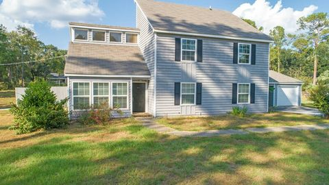 Photo of 151 Southill Dr, Leesburg, GA 31763