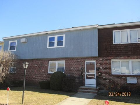 Photo of 32 A Shawsheen Ct Unit 15, Lawrence, MA 01843