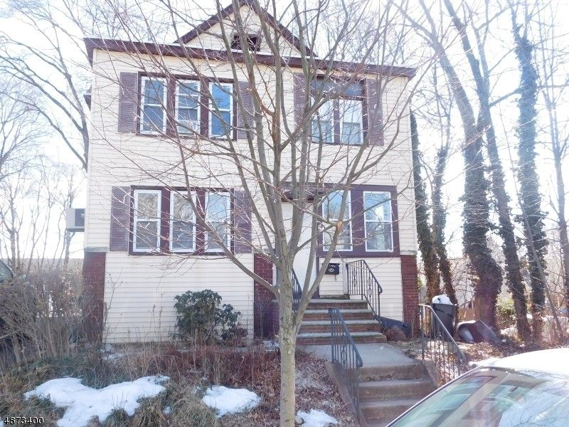 94 Florence Ave, Hawthorne, NJ 07506