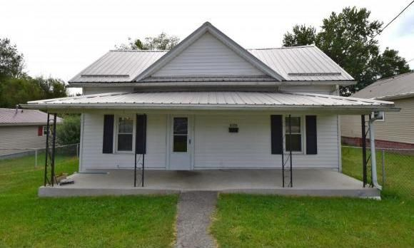 1604 e fairview ave johnson city tn 37601 2 beds 1 for Bath remodel johnson city tn
