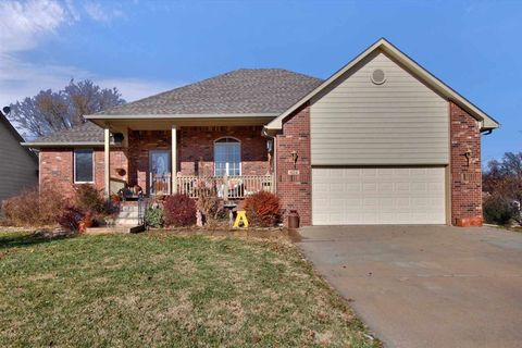 Photo of 624 W Anderson Ave, Andale, KS 67001