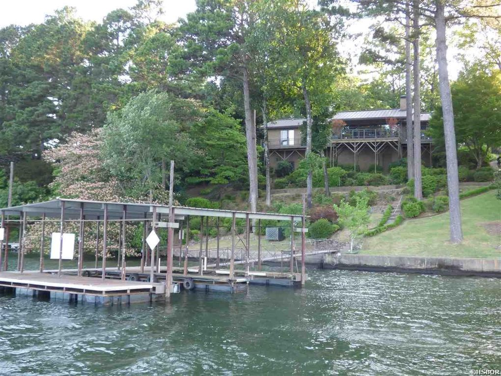 337 Lookout Pt, Hot Springs National Park, AR 71913