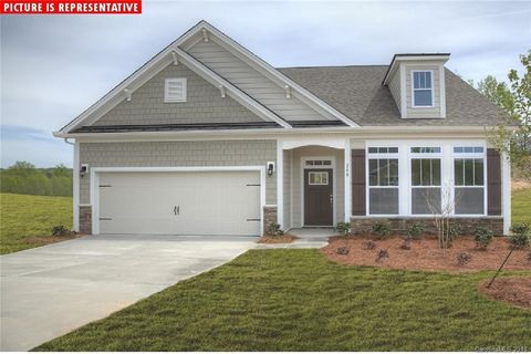Photo of 3708 Norman View Dr Unit 160, Sherrills Ford, NC 28673