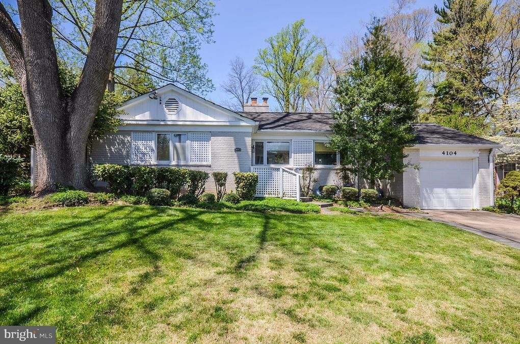 4104 Edgevale Ct, Chevy Chase, MD 20815
