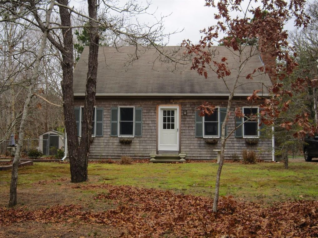 115 Philips Ln Eastham, MA 02642