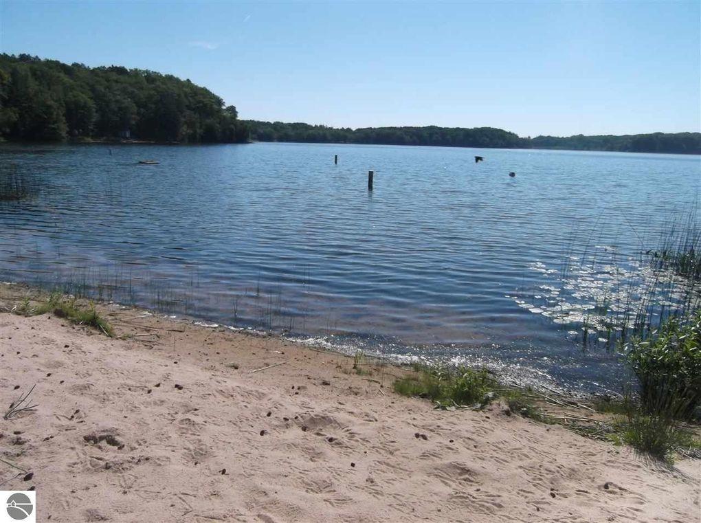 Loon Lake Hale Mi Property For Sale