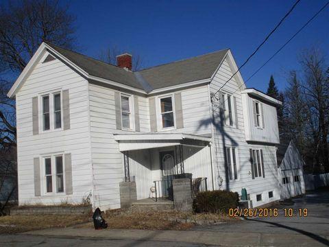 22 Mallery St, Corinth, NY 12822