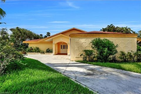 13856 River Forest Dr Fort Myers FL 33905