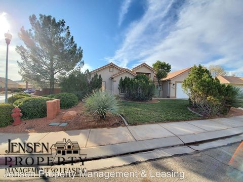 Photo of 2607 W 240 N, Hurricane, UT 84737