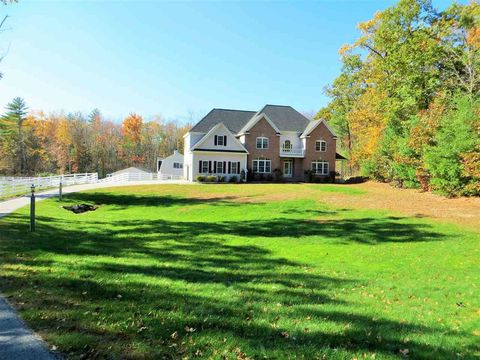 Hampstead nh real estate hampstead homes for sale for Swimming pool center hampstead nh