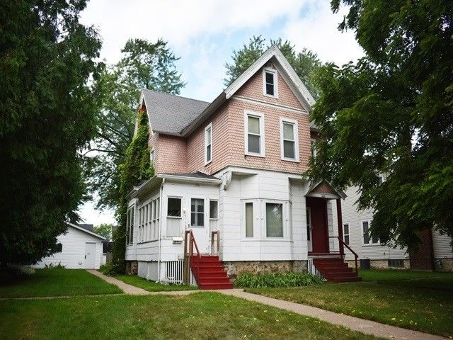 108 S Vine Ave Marshfield, WI 54449