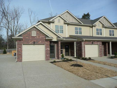 Photo of 102 Beckley Ridge Ln, Louisville, KY 40245