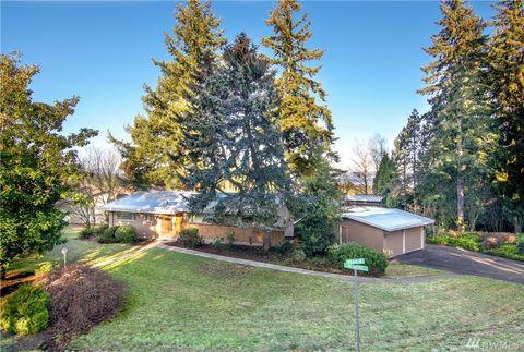 Photo of 9820 Ne 32nd St, Bellevue, WA 98004