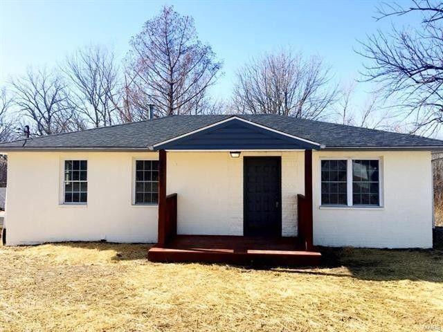 5571 Old Alton Rd, Granite City, IL 62040