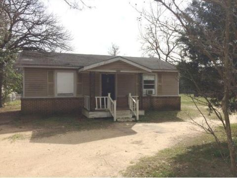 Photo of 2109 Looneyville Rd, Nacogdoches, TX 75964