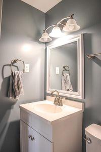3047 Stanwin Pl, Evendale, OH 45241 - Bathroom