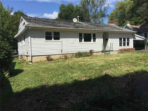 410 E Washington Ave, Windsor, MO 65360