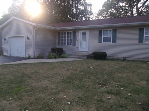 250 Island Dr, Lowell, IN 46356