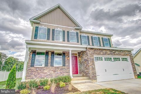 Photo of 6402 S Homestake Dr, Bowie, MD 20720