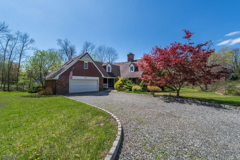 17 Voorhis Rd Lincoln Park NJ 07035